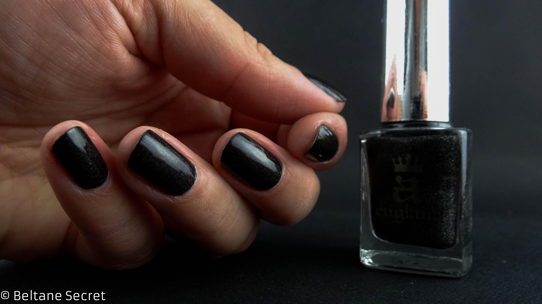 Noir holographique